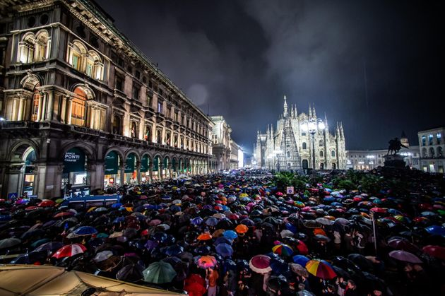 Sardine in piazza Duomo,