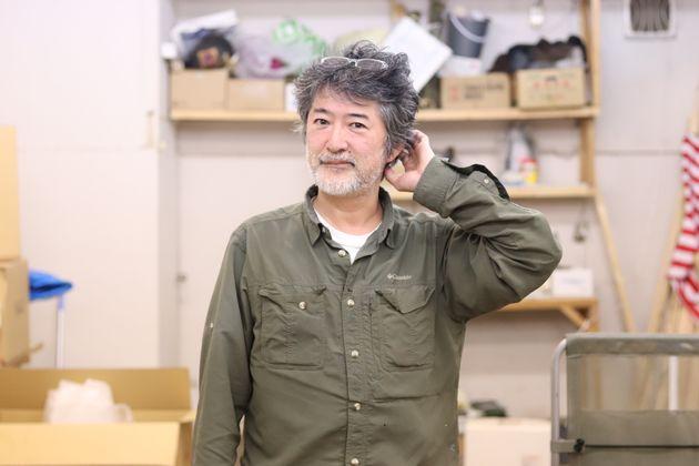 訪ねたのは、北区にある会田誠さんのアトリエ。