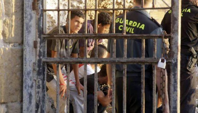 Menores en una redada de la Guardia Civil en