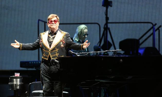 Elton John Labels Security 'C***s' For Trying To Eject Female Fan From Perth