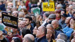 Malta, manifestanti impediscono ai deputati di lasciare il
