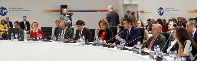 Cumbre del Clima, día 1: del osito de peluche 'austriaco' al negacionismo de