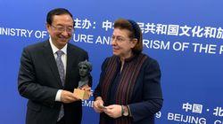 Συνεργασία στην ενάλια αρχαιολογία και πολιτιστικές ανταλλαγές συμφώνησαν η Λίνα Μενδώνη με τον Κινέζο ομόλογο