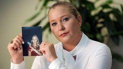 La mujer que acusa al príncipe Andrés de abusos sexuales pide ayuda a los