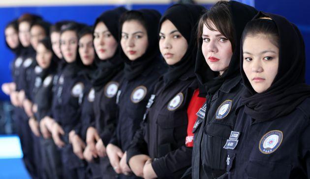 アフガニスタンの女性警察官