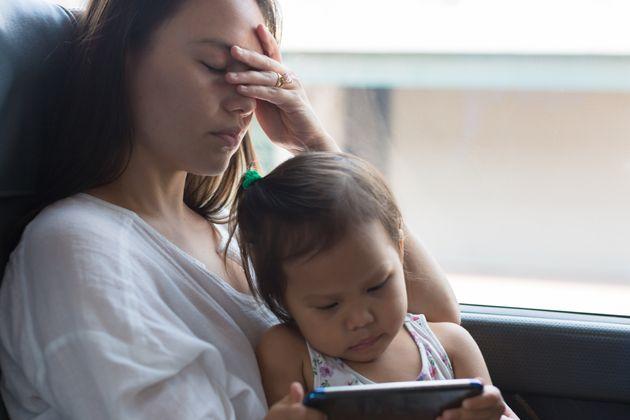 부모들이 육아를 할 때 죄책감을 느낄 필요없는 일 5가지