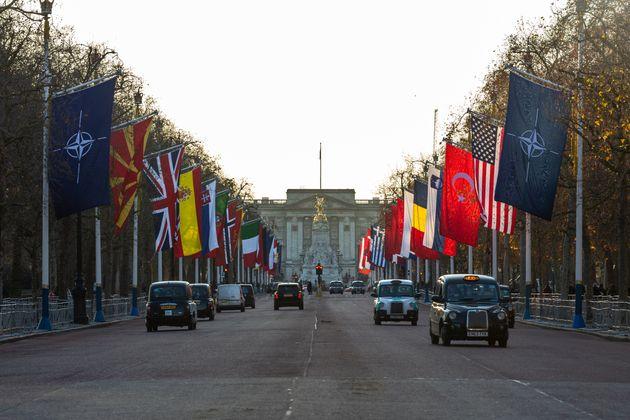 Το ΝΑΤΟ αντιμέτωπο με το μέλλον του: Αντιπαραθέσεις και
