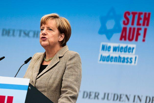 Μέρκελ, η πρώτη Καγκελάριος της Γερμανίας που θα επισκεφθεί το Άουσβιτς εδώ και 25