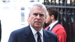 Βρετανία: Αυξάνεται η πίεση προς τον πρίγκιπα Άντριου για την υπόθεση