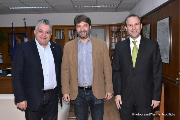 Ο Πρύτανης του ΑΠΘ, Καθηγητής Νικόλαος Γ. Παπαϊωάννου, ο Διευθυντής του Τομέα Αστροφυσικής, Αστρονομίας...