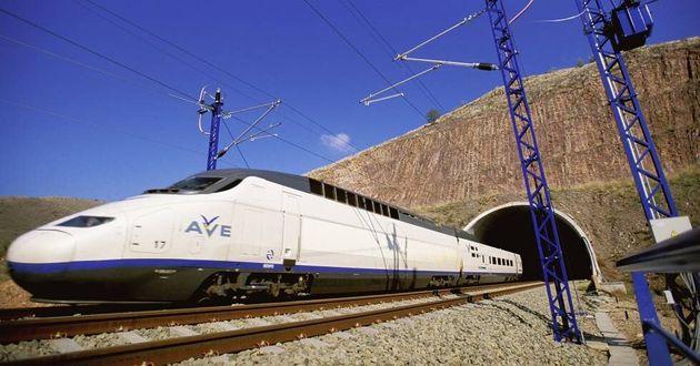Tren de Alta Velocidad AVE Madrid -