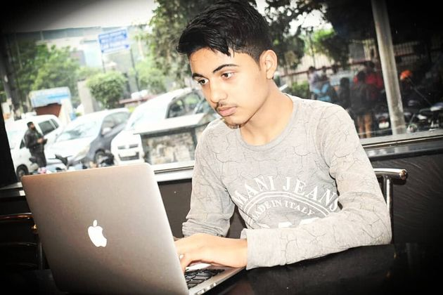 Sayaan Alam has found major bugs in various e-commerce websites on a laptop borrowed from his cousin....