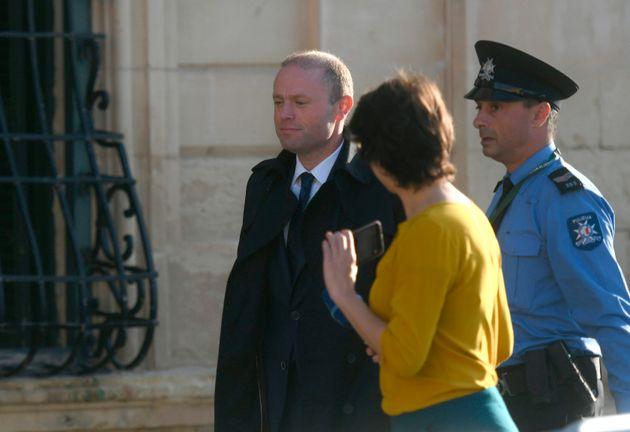 Το Ευρωκοινοβούλιο καλεί τον πρωθυπουργό της Μάλτας να παραιτηθεί