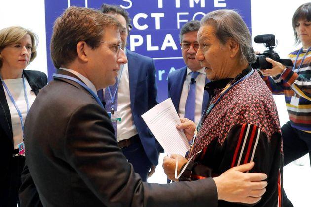 Mario Ágreda junto a Martinez