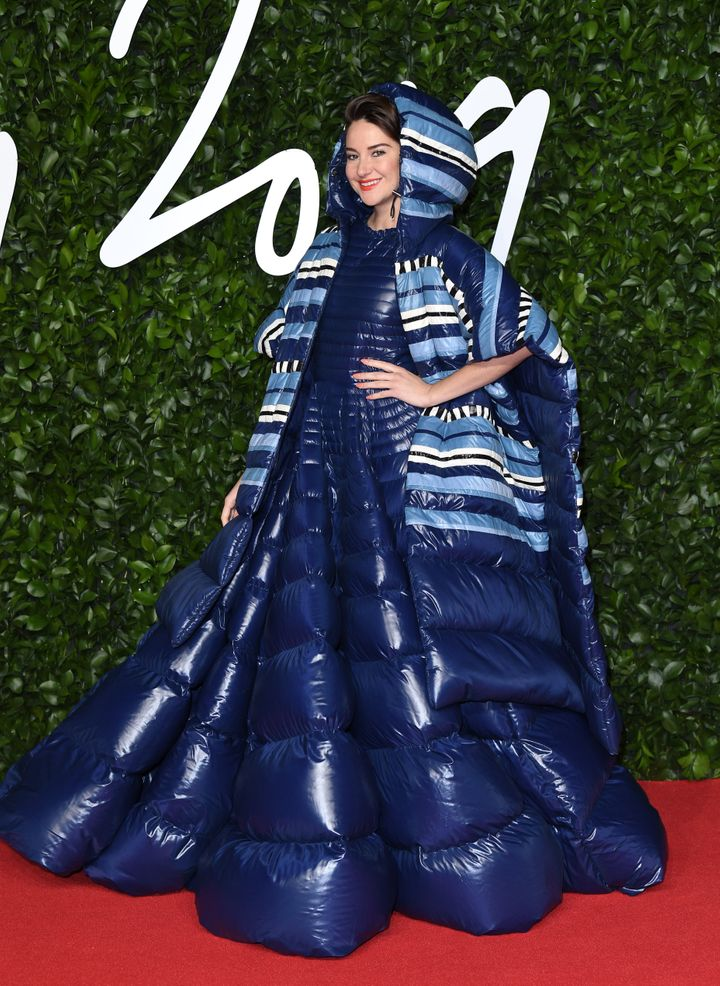 Westlake Legal Group 5de6789821000066df34edaa Shailene Woodley Wore An Outrageous, Oversize Sleeping Bag On The Red Carpet