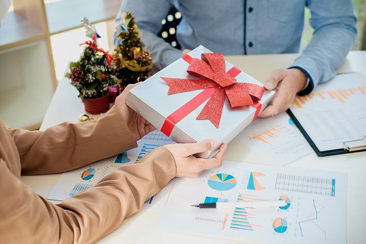 The Best Christmas Gift For Bosses Is Totally Free