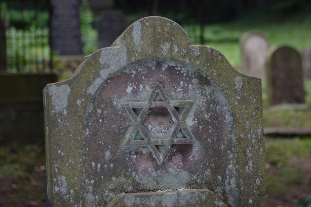D'autres cimetières du Bas-Rhin ont déjàété profanés...