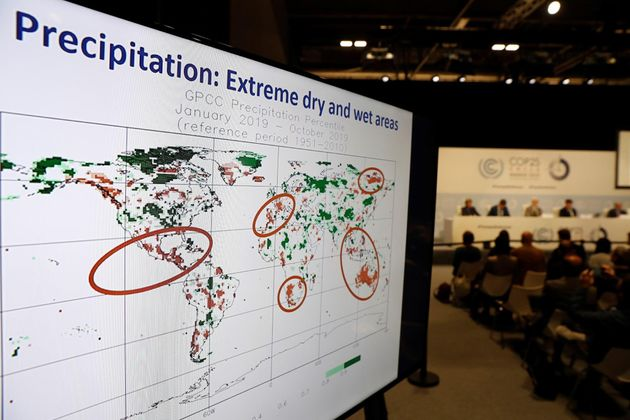 Vista de un mapa que señala las zonas extremas tanto de precipitaciones como de sequía durante la presentación...