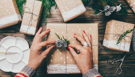 Dicas de presente de Natal para quem quer gastar pouco ou quase
