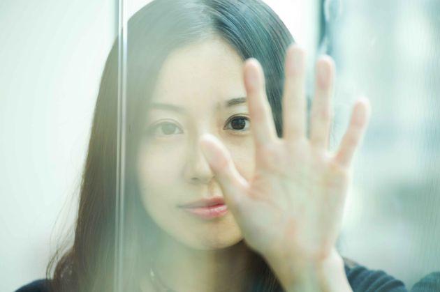 """""""恋に落ちた相手が同性""""に葛藤しない主人公。綿矢りさが挑む日本文学のアップデート"""