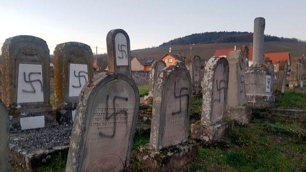 Γαλλία: Βεβήλωση άνω των 100 τάφων σε εβραϊκό