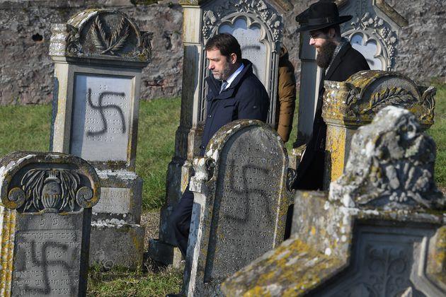 Christophe Castaner, ici au cimetière juif de Westhoffen en Alsace, le 4 décembre