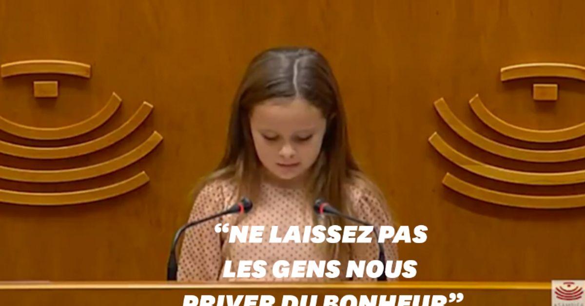 Elsa, fille trans de 8 ans, demande à l'Assemblée de la laisser être heureuse