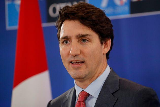Le premier ministre canadien Justin Trudeau prononce un discours lors d'une conférence de presse...