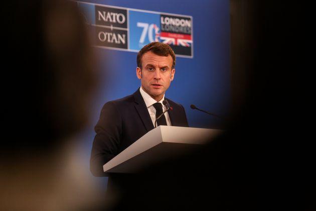 Macron (ici le 4 décembre au sommet de l'OTAN) met la pression sur le Sahel et n'exclut plus de...