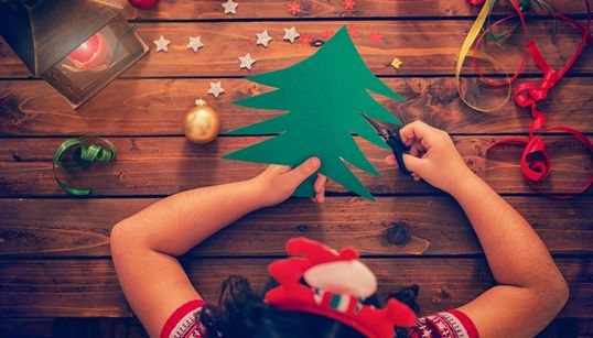 15 Easy Christmas Crafts For Kids To Replace Store-Bought