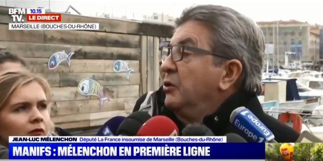 Jean-Luc Mélenchon à Marseille interrogé en amont de la manifestation du jeudi 5