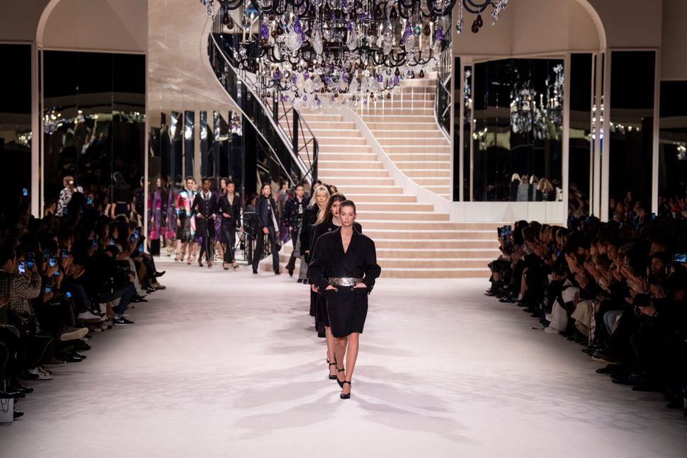 PARIS, FRANCE - DECEMBER 04: Models walk the runway during the Chanel Metiers d'Art 2019-2020 show at Le Grand Palais on December 04, 2019 in Paris, France. (Photo by Kristy Sparow/WireImage)