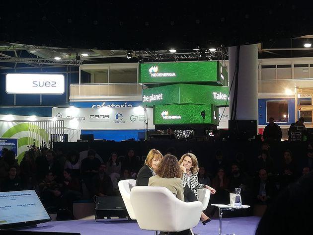 Teresa Ribera hablando sobre cocina sostenible en la