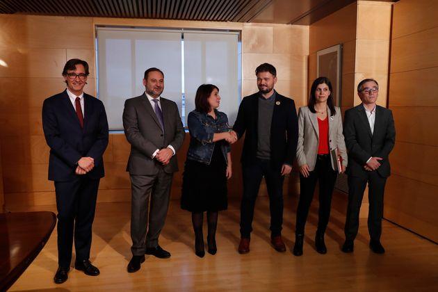 Gabriel Rufián y Adriana Lastra lideran los equipos negociadores de ERC y