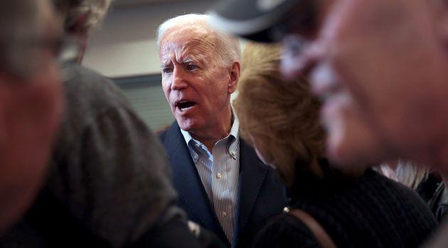 Joe Biden, interrogé sur son fils, perd ses nerfs lors d'un meeting