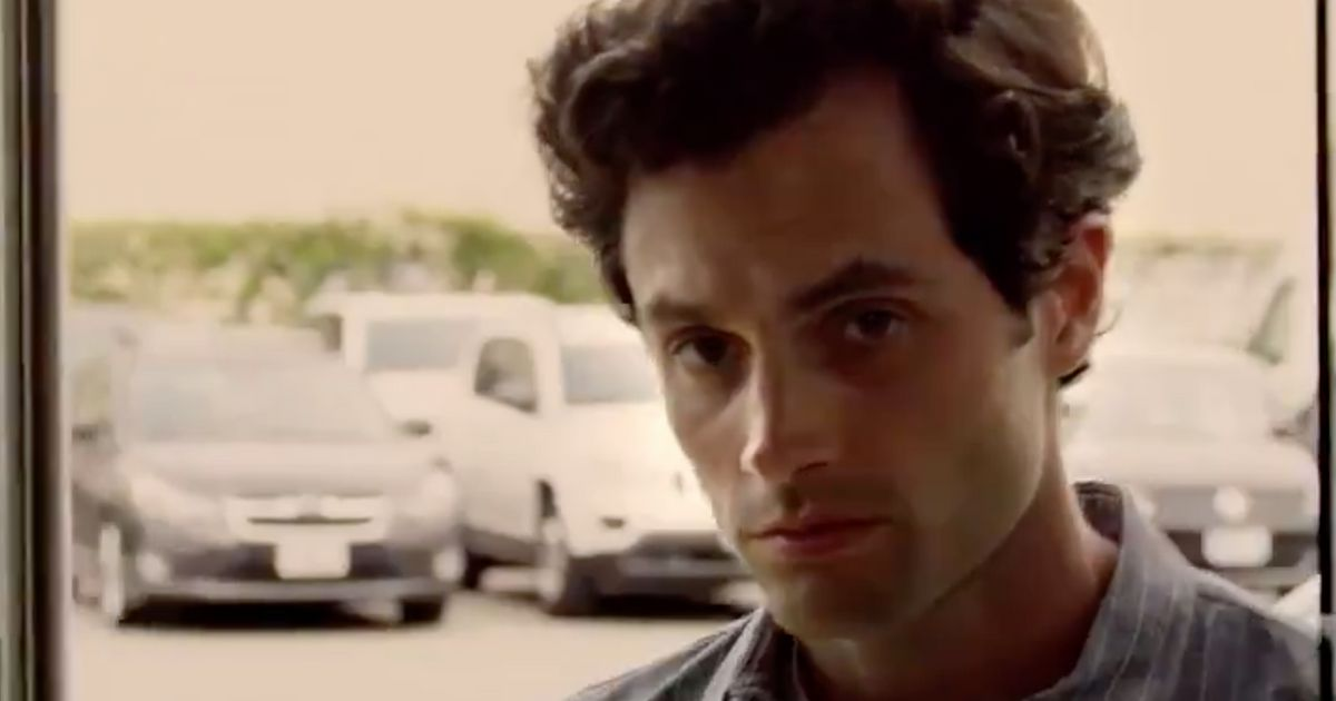 """Dans la saison 2 de """"You"""", le personnage principal n'est plus vraiment le même"""