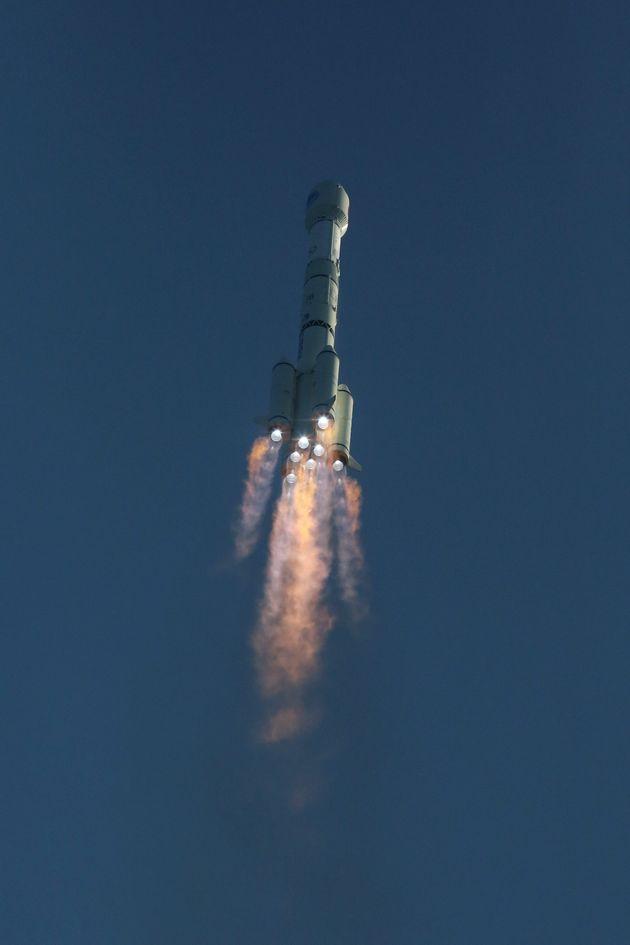 11월 23일 베이더우 위성 발사