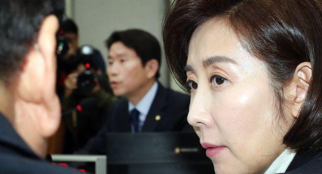 나경원 자유한국당 원내대표가 이 위원장의 발언을 듣고