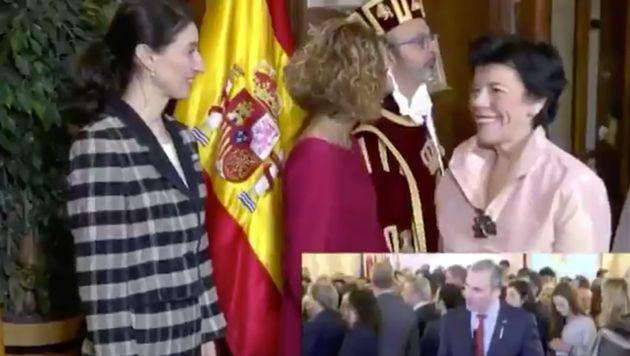 Isabel Celaá y Pilar Llop en el Congreso de los