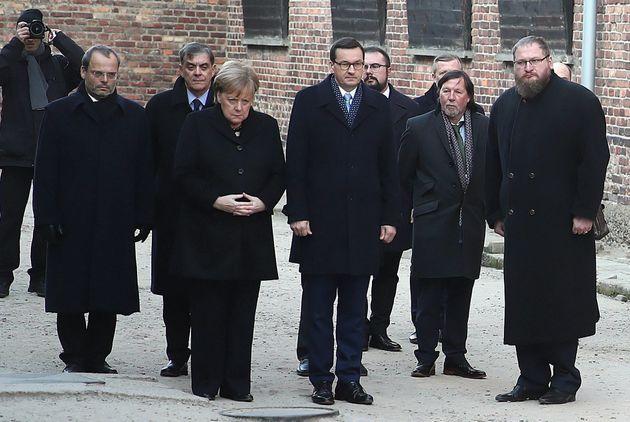 Angela Merkel en el campo de