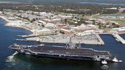 Un Saoudien tue 3 personnes sur une base navale