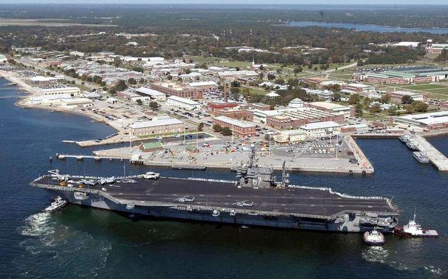 Floride: 3 morts dans une fusillade sur la base militaire de Pensacola