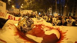 Miles de personas se manifiestan en Madrid contra la crisis