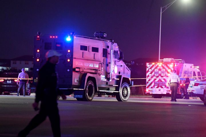 The car chase came to an end with a shootout on a traffic packed stretch of Miramar Parkway in Florida.