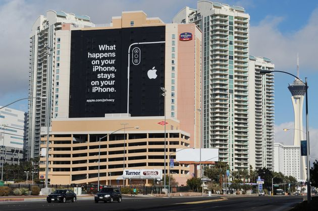 06 January 2019, US, Las Vegas: Apple is using the banner ad with the sentence