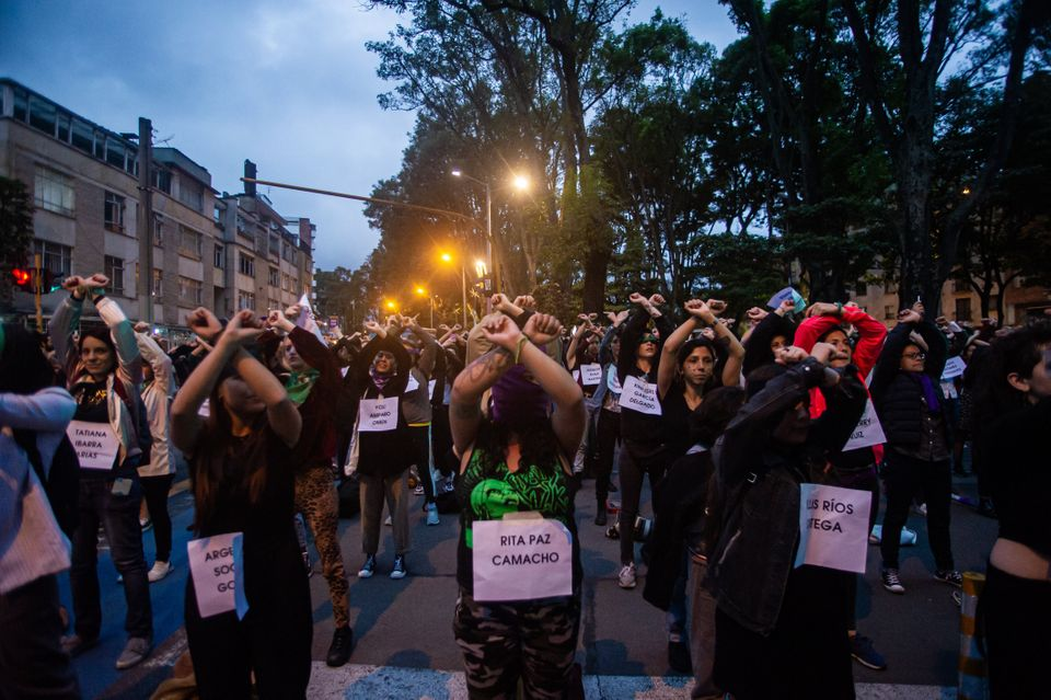The performance of Chilean feminists -created by the Buenos Aires collective # Lastesis-, not only becomes...