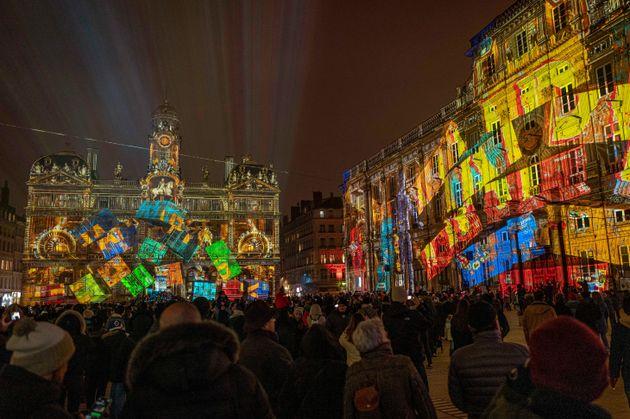 En ce week-end de Fête des Lumières à Lyon, les professionnels du tourisme craignent...