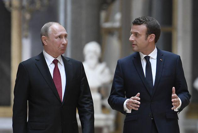 Emmanuel Macron et Vladimir Poutine avaient déjà évoqué les soupçons...