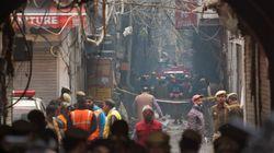 L'incendie d'une usine-dortoir fait au moins 43 morts en