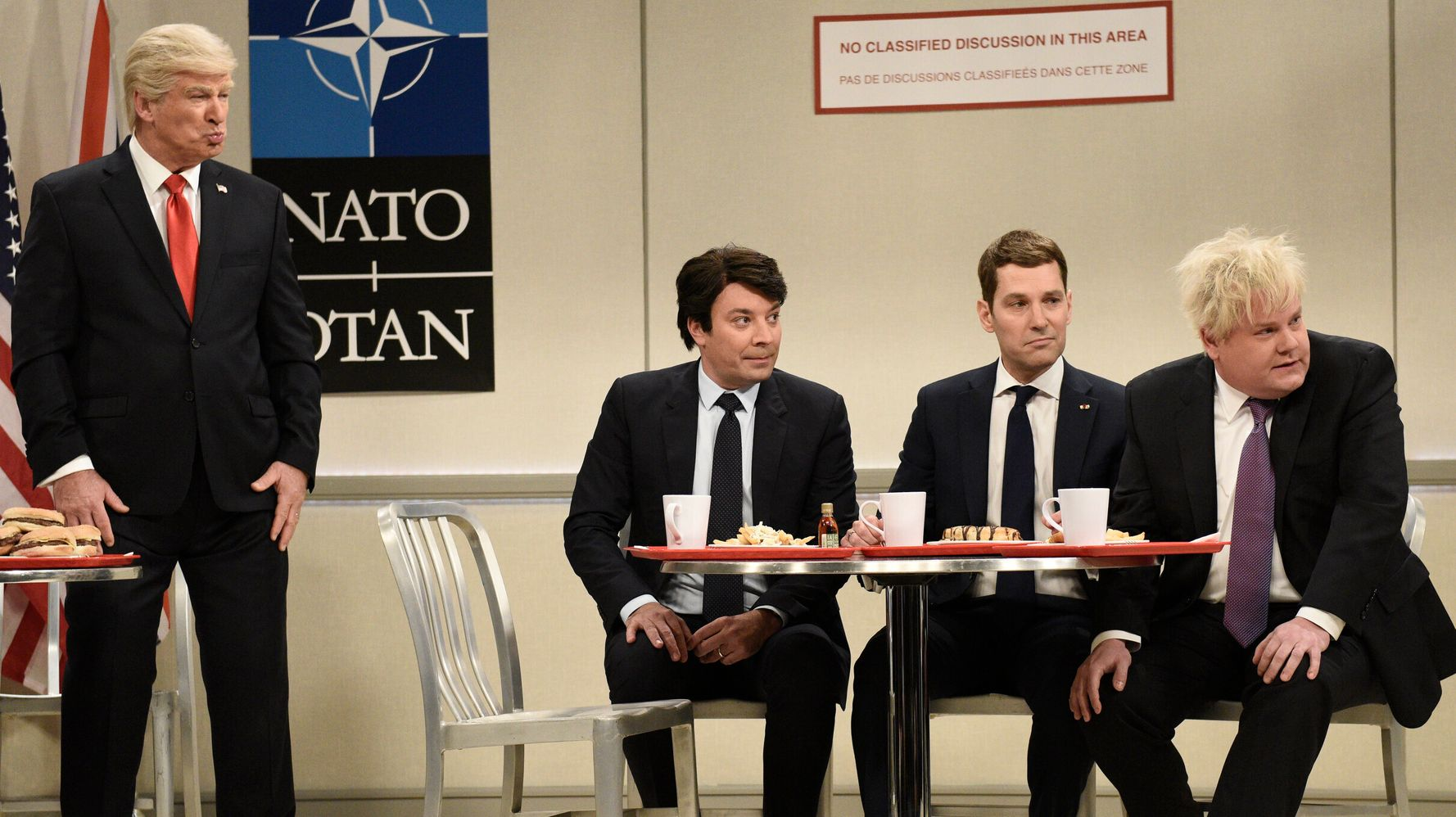 Westlake Legal Group 5ded0cf0240000e0035a2a60 Paul Rudd, Jimmy Fallon And James Corden Are The Mean Girls Of NATO On 'SNL'